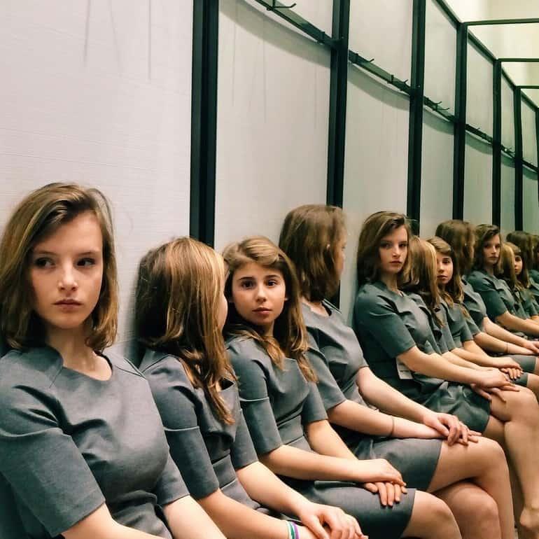 Bu Fotoğrafta Kaç Kız Var? – Kimse Doğru Cevabı Bilemiyor!