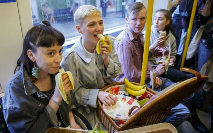 Eating-in-public-transport