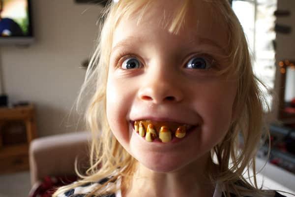 A'dan Z'ye Evde Ağız ve Diş Bakımı Nasıl Yapılır?