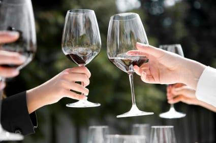 toasting-etiquette