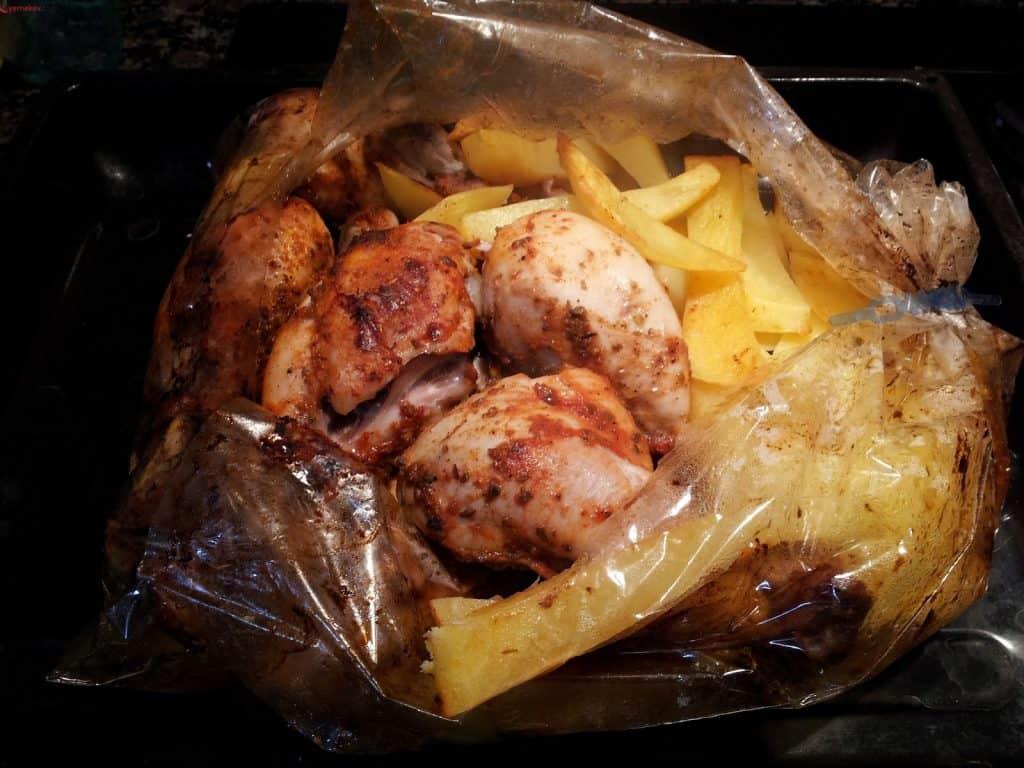 Herkesin Sevdiği Fırında Tavuk Neden Bu Kadar Popüler?
