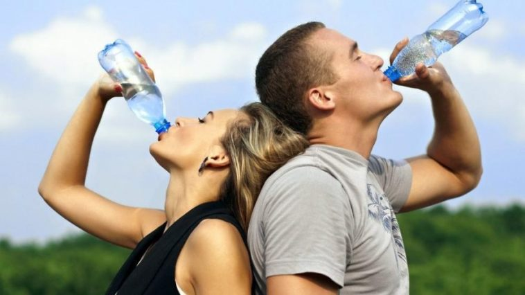 6 Adımda Su İçme Alışkanlığı Kazanın – İnfografik