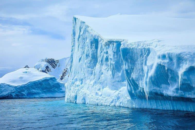 Grönland 1990'lı Yıllardan 7 Kat Hızlı Eriyor!