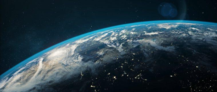 Dünya Ters Yönde Dönmeye Başlarsa Ne Olur?