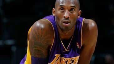 Kobe Bryant Hayatını Kaybetti