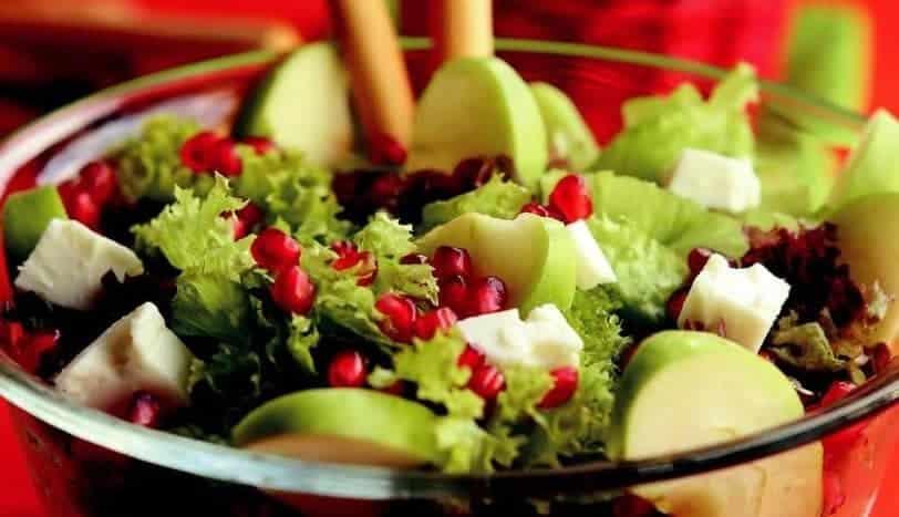 Seçeceğiniz Salataya Göre En Sevdiğiniz Rengi Söylüyoruz
