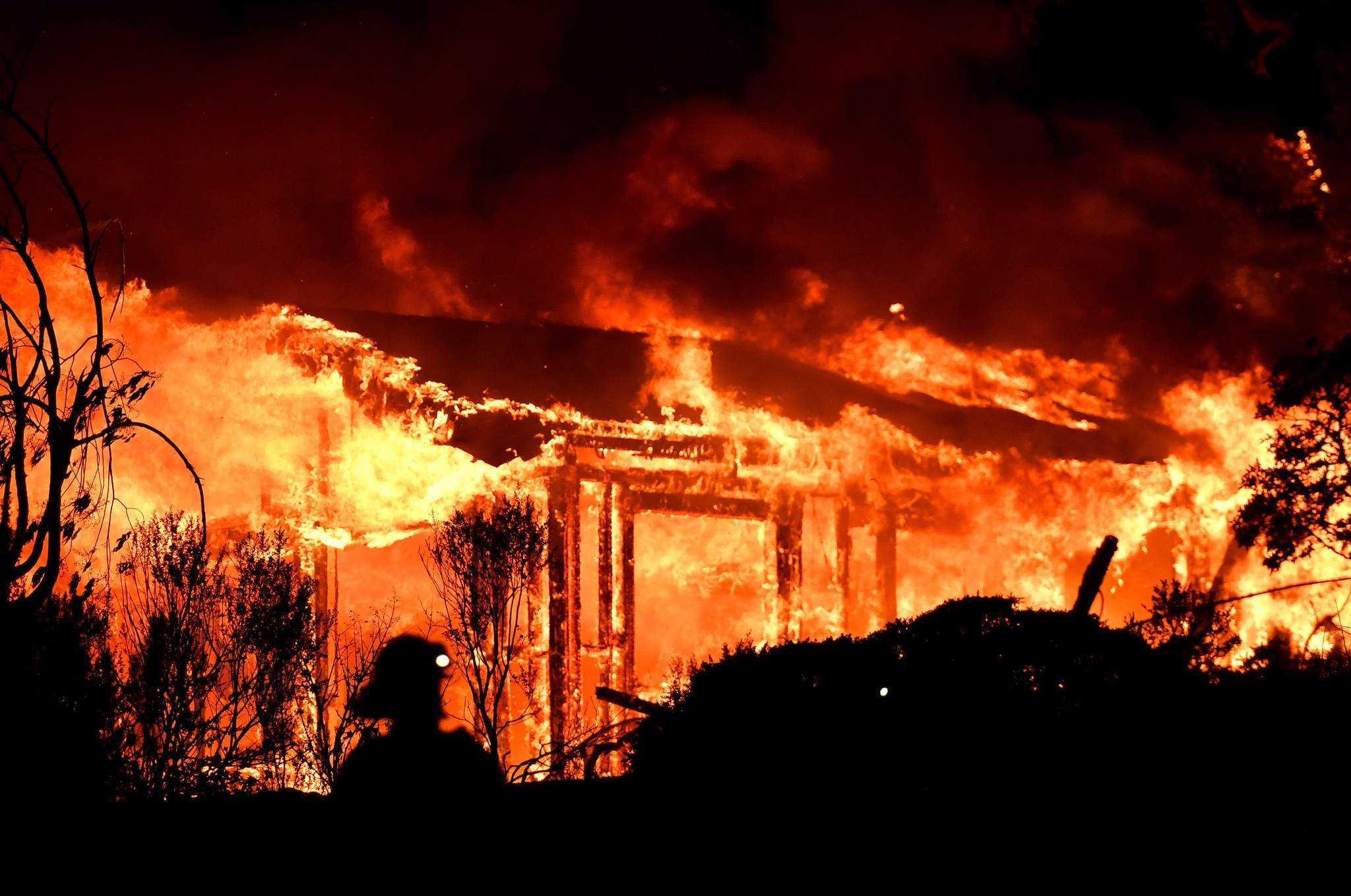 İlk Yangın Ne Zaman, Neden Çıktı?