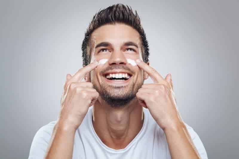 Erkek Cilt Yüz Bakımı Önerileri