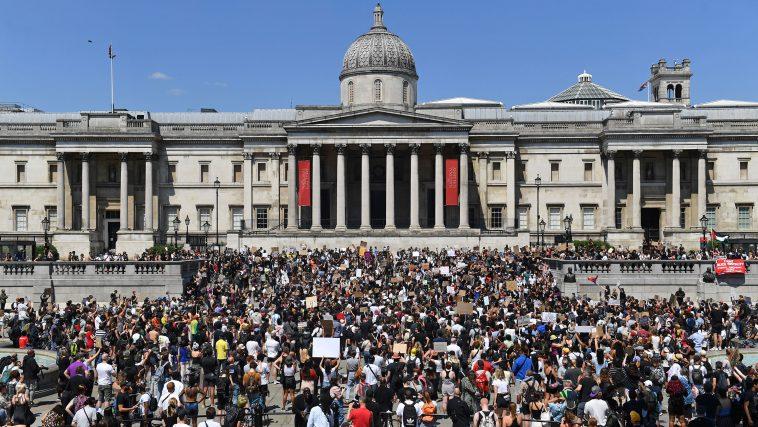 Avrupa'da ABD'deki Protestolara Destek İçin Sokaklara Çıktılar