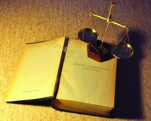 Anayasa Olmasaydı Ne Olurdu?