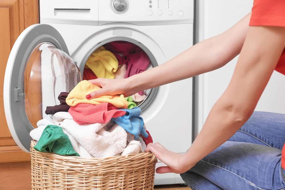 Çamaşırları Yıkadıktan Sonra Neden Sert Oluyor?