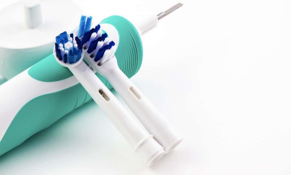 Elektrikli Diş Fırçaları Güvenli Mi?