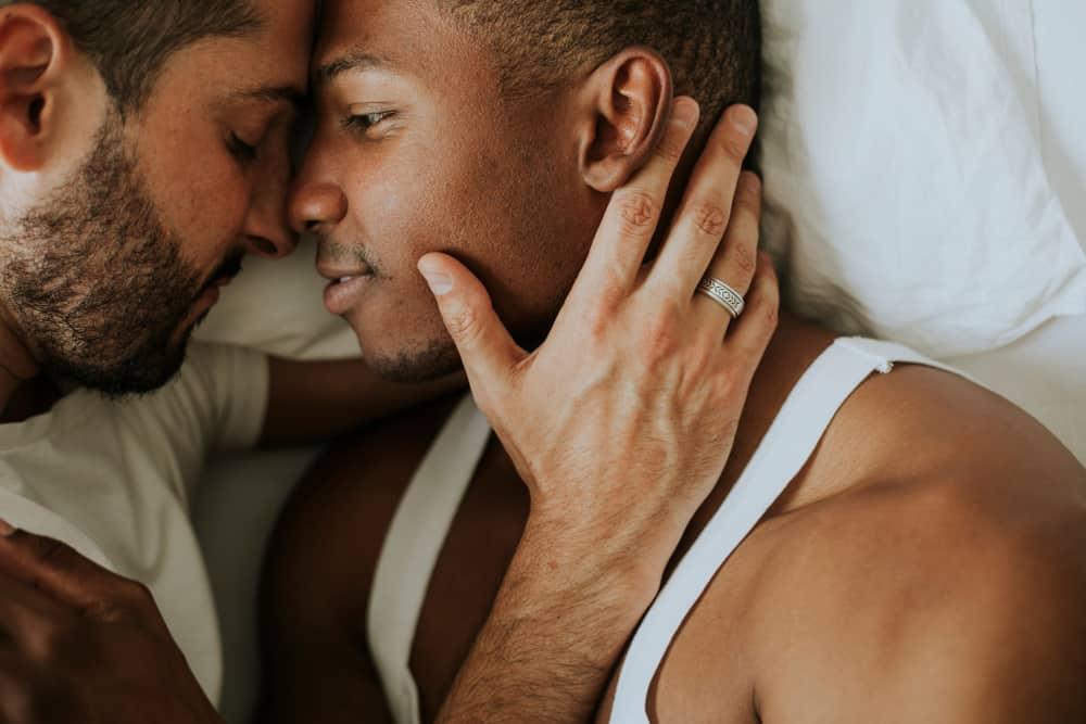 Pride Ayı: Gay Olmak Sorun Mu, Bir Sağlık Sorunu Mu? Gerçek Cevaplarla!