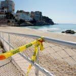 Coronavirüs Salgını Sırasında Yüzmek, Tatile Gitmek Ne Kadar Güvenli? Merak Edilen Soruların Yanıtı