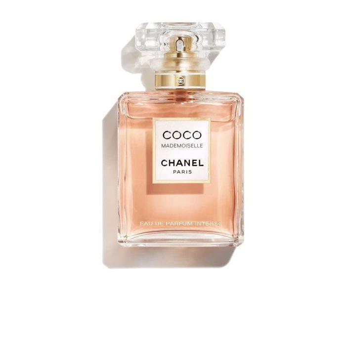 En İyi Kadın Parfümü – 2021 Güncel – Gelmiş Geçmiş İz Bırakan 10 Parfüm