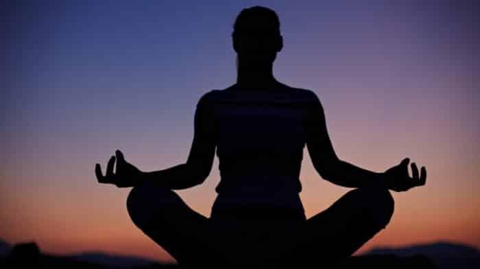 En İyi Online Yoga Kursu – 2021 Güncel – Ruhunu ve Bedenini Rahatlatmak İsteyenler 11 Yoga Eğitimi