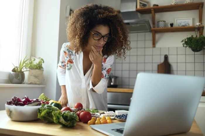 Ketojenik Diyet Nedir? Keto Beslenme Nasıl Yapılır?